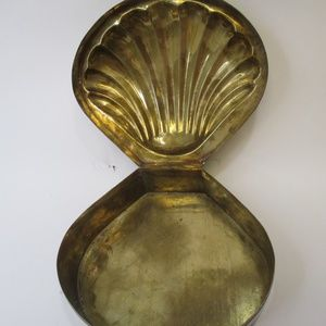 Large brass Shell Jewelry Box Nautical decor